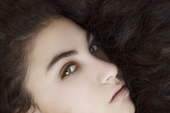 (Tc photography.Perú) Tags: light portrait girl beauty face canon hair eyes natural naturallight tcphotography
