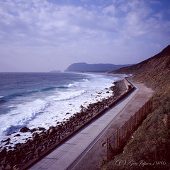 20160320-05 (GenJapan1986) Tags: 2016 fujifilmgf670wprofessional 伊豆諸島 太平洋 新島村 旅行 東京都 海 砂浜 空 離島 風景 6x6 film tokyo island travel 日本 japan sea pacificocean landscape beach niijima fujifilmprovia400x