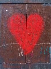 Rusty Heart (falkmo) Tags: street red urban paris rot art love graffiti heart kunst rusty marais herz liebe rostig