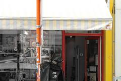 Bruxelles Brussels - atana studio (Anthony SJOURN) Tags: bruxelles brussels belge grand place skate board atomium mannekenpis atana studio anthony sjourn ville town belgium belgique shop galery starwars darkvador darthvader