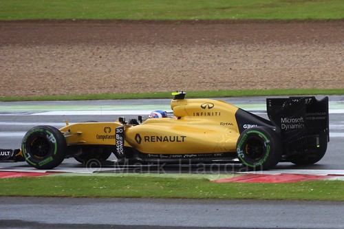 Jolyon Palmer in the 2016 British Grand Prix