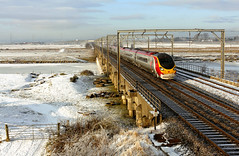 The Big Freeze 2010 (Kingmoor Klickr) Tags: snow ice frozenriver virgintrains pendolino riveresk wcml class390 mossband