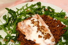 Salmon for supper (Carmelita Cookitaly) Tags: rocket rucola lentils arugula rughetta slamon lenticchie italianfoodhomecookingcookitalycomfooding