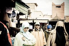 (Jonay Galvn) Tags: canon eos hijab morocco marrakech niqab marruecos suk zoco 1740f4l djemaaelfna 400d