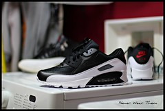 NikeiD AM90 (Never Wear Them) Tags: red white black max grey am play air id off nike jordan 12 90 xii airmax playoff nikeid am90