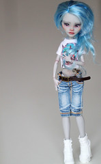 (Aya_27) Tags: blue cute girl monster high amazing doll pants sweet top girly gray jeans lovely custom dolly repaint yelps ghoulia helleg ttya monsterhigh ghouliayelps kamarza