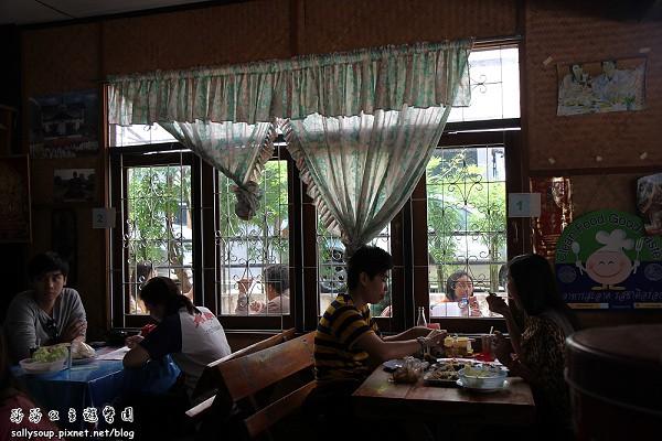 午餐IMG_2683.jpg