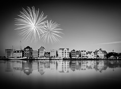 Seasons Greetings (jetrated) Tags: city architecture landscape island mono bay cityscape zwartwit fireworks harbour ciudad quay curacao caribbean isla stad willemstad handelskade curazao architectuur landschap vuurwerk eiland baai sintanna blackaandwhite caribisch