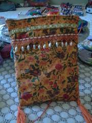 bolsinha indiana 1 (iza-vidya artesanato) Tags: reciclagem decoupage caixotes