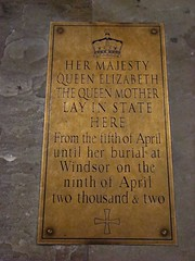 f 0988 England - London - Palace of Westminster - Westminster Hall - Queen Elizabeth The Queen Mother (eewolff) Tags: england london westminster hall thehousesofparliament thepalaceofwestminster palacewestminster august192011 queenelizabethqueenmother
