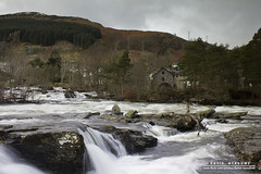 Falls of Dochart (DMeadows) Tags: bridge trees mill river scotland waterfall rocks village stones overcast falls rapids killin dochart davidmeadows dmeadows yahoo:yourpictures=waterv2 yahoo:yourpictures=yourbestphotoof2012