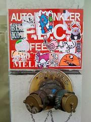 Dizzy (Question Josh? - SB/DSK) Tags: streetart t nose la losangeles sticker stickerart stickers josh robots sprinkler melrose hollywood question rwk robotswillkill tmoney uwp underwaterpirates questionjosh nosego wosre