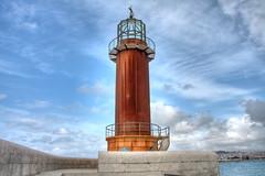 Faro de Vigo, Museo del mar HDR (Cristopher Santos) Tags: sea cloud port faro puerto mar nubes museo hdr vigo
