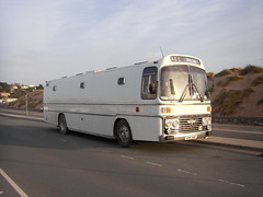 sand dunes exmouth (dragonfly 1965) Tags: bus london home mobile project high country depot modified service express projects harris guildford non greenline coaches 710 supreme psv wycombe 715 motorhomes sleepercoach vph 34s serviving bandbus tedburn rs34 vph34s