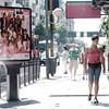 "sTREEt people / ""GENTE"" en la sTREEt (Claudio.Ar) Tags: street city people topf25 argentina square buenosaires women gente candid sony soe dsc h9 500x500 sirhenryandco claudioar claudiomufarrege ringexcellence rememberthatmomentlevel1"
