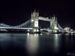 Tower bridge-Night (Johanna* Kiwi) Tags: bridge england sky london tower night river lights day time britain great gb johanna brcke fluss lapse themse temse grosbritannien