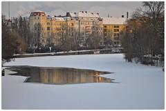 Pftze auf der Spree (Lispeltuut) Tags: schnee winter snow berlin ice river germany fluss spree eis mitte