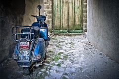 Old Vespa (Photos On The Road) Tags: door old blue italy classic horizontal wall vintage wooden italian europa europe strada italia campania vespa pavement blu rustic transport motorcycles nobody nopeople scooter retro southern motorbike transportation mopeds porta moto motorcycle vehicle scooters urbano moped vicolo parete azzurro decayed parcheggio piaggio italiano legno vespas vecchio motorscooter blueish transporting twoobjects bluish vecchia luoghi classico motocicletta avellino motorvehicles meridionale motorvehicle colorimage ciclomotore orizzontale irpinia horizontalformat veicolo motociclo 2objects forino borgodiforino