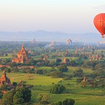 Mongolfiere sopra a Bagan, Birmania