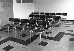 59 Maternity Clinic wating area-Manor-1979 (Voices Through Corridors) Tags: maternity 1970s waitingarea manorhospital
