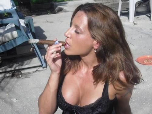 women smoking cigarettes fetish № 48967