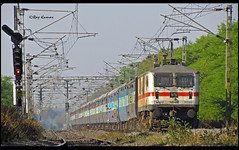 Goa Express (Raj Kumar (The Rail Enthusiast)) Tags: canon indian bangalore goa loco express karnataka railways raj abb bhopal kumar madgaon rajdhani hubli gzb 30215 wap7 misrod sx30is