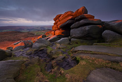 Sunrise at Shelter Rock (andy_AHG) Tags: winter rural sunrise outdoors rocks peakdistrict scenic moors pennines southyorkshire britishcountryside northernengland landscapephotography higgertor beautifullandscapes hathersagemoor