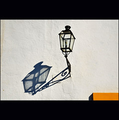 on the wall... (klaus53) Tags: shadow wall sevilla spain nikon andalucia blinkagain