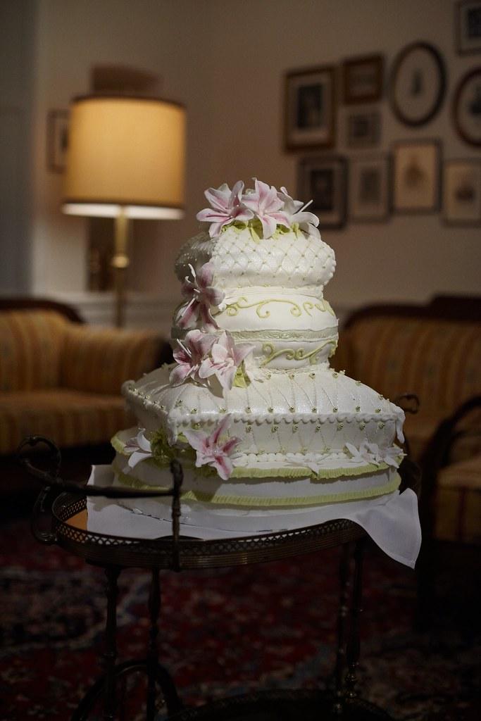 The World S Best Photos Of Grun And Hochzeitstorte Flickr Hive Mind