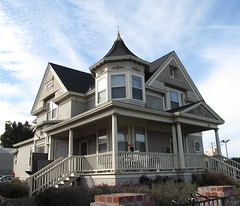 tan house (As Horribly I Try, II) Tags: california ca house wooden victorian historic salinas houseswithtowers