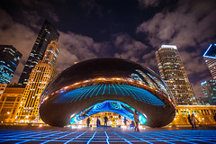 Interactive Light Show (Flipped Out) Tags: chicago millenniumpark nikkor 1735mmf28d cloudgate thebean anishkapoor wbez attplaza nikond700 luftwerk seangallero luminousfield petrabachmaier