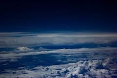 Between Darwin and Perth (betadecay2000) Tags: blue sea sky cloud clouds meer heaven cloudy outdoor top den himmel wolke wolken australia darwin perth western end boeing australien blau flugzeug flug ber ozean hhe indischer westaustralien stratosphre weltmeere