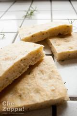 Focaccia limone e rosmarino (Alessandro Gerbino Chezuppa) Tags: focaccia limone lievito rosmarino ricette cucinaitaliana foodstyle lievitomadre lievitati pastamadre