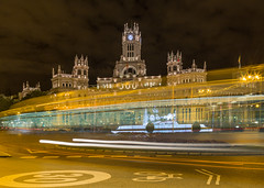 Plaza de Cibeles. Madrid. (TravelJournals) Tags: madrid longexposure lights spain nightscene cibeles largaexposicin