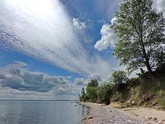 am Greifswalder Bodden (Wunderlich, Olga) Tags: sand meer wolken insel steine rgen landschaft bume deu mecklenburgvorpommern inselrgen greifswalderbodden