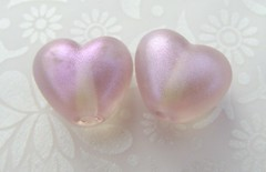Pale Purple with violet highlight (Glittering Prize - Trudi) Tags: glass hearts beads purple handmade duo pair violet trudi lampwork shimmer sra glitteringprize britlamp