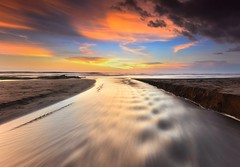 let it flow..... (Dyahniar Labenski) Tags: sunset bali beautiful indonesia flow nikon colorful asia serenity 1024mm d7000 pererenanbeach dyahniar