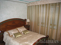 "Cortinas Clásicas con Bando • <a style=""font-size:0.8em;"" href=""http://www.flickr.com/photos/67662386@N08/6501352219/"" target=""_blank"">View on Flickr</a>"