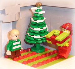 Santa??? (The_Flash98) Tags: santa christmas brick lego gi brickarms toywiz