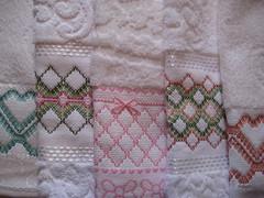 Img 159 (M. Ins) Tags: artesanato toalha bordado vagonite