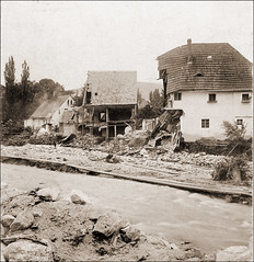 The Big Flood of 1897 Pt.III (ookami_dou) Tags: vintage flooding flood poland disaster stereoview devastation calamity karpacz krkonoe riesengebirge kowary lomnitz anschtz krummhbel schmiedeberg eglitz