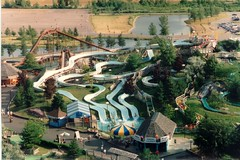 Darien Lake 19930005 (Sweet One) Tags: park usa ny amusement 1993 newyorkstate darienlake waterpark waterslides cascadecanyon barracudabay