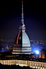 Stunning Mole Antonelliana Dome, Turin - Imponente Cupola della Mole Antonelliana, Torino (Sir Francis Canker Photography ©) Tags: christmas plaza xmas city longexposure trip travel italien bridge light italy panorama reflection castle art tourism luz beautiful skyline architecture night alpes river square landscape torino navidad noche amazing arquitectura nikon europa europe italia cityscape gorgeous awesome picture landmark visit icon tourist best illuminated 150 piemonte po stunning nocturna piazza 5100 alpen visiting ever natale turin alpi nuit piedmont notte luce italie citta vittorioemanuele riflesso moleantonelliana anniversario unità piemontese torinese piamonte pacocabezalopez