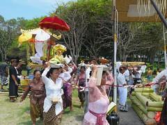 Cremation ceremony on Kuta beach . (Franc Le Blanc .) Tags: bali beach lumix ceremony panasonic hindu pantai kuta cremation
