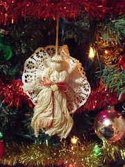 Angel New1 (g33k<3) Tags: christmas food peach ornament kitties pudge firstuploads