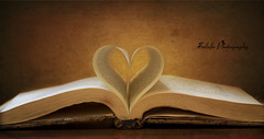 I carry Your  Heart with Me (Sulafa) Tags: love book heart قلب حب كتاب