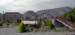 VAG Asbestos Mine Overview (Asbestorama) Tags: mine vermont industrial pit mining mineral eden fiber quarry vag lowell asbestos chrysotile ruberoid vermontasbestosgroup