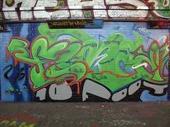 graffiti (duncan) Tags: london graffiti 10foot leakestreet