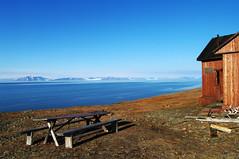 At Rusanovodden (Gregor  Samsa) Tags: sea summer bay view north cottage svalbard arctic hut polar overlook spitsbergen colesbukta deepnorth grumant grumantbyen rusanovodden