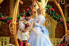 Cinderella and Prince Charming (abelle2) Tags: princess prince disney parade disneyworld cinderella charming wdw waltdisneyworld magickingdom princecharming disneyprincess disneyparade princesscinderella celebrateadreamcometrueparade celebrateadreamcometrue